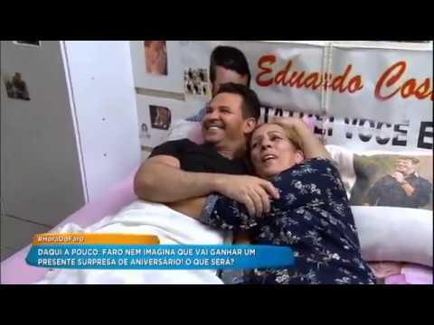 Rodrigo Faro Leva Eduardo Costa Para Conhecer O Recanto Da Vovó Dadá Http://r7.com/_GbU