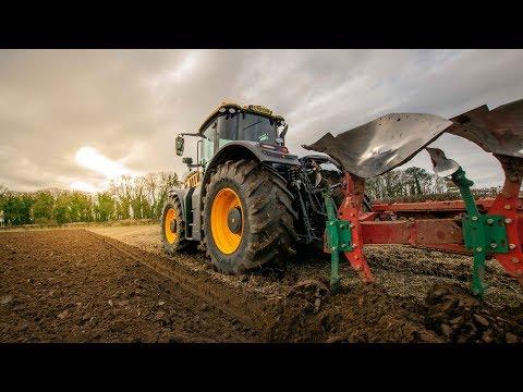 JCB Fastrac 8330 - Winter ploughing Wilfred Scruton Ltd Demonstrator