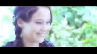 Офигенный клип к фильму Голодные игры))) Мало ли
