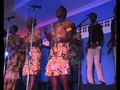 Efatha Ministry Mass choir- Moyo wangu wafurahi