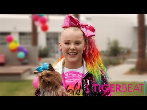 Behind-the-Scenes of JoJo Siwa's 'Hold the Drama' Music Video