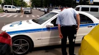 Полковник полиции нарушает ПДД!