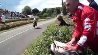 O vídeo mais incrível  que eu já vi sobre corridas de motos.