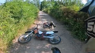 Friends first ride Crashes Dirtbike CR 250 ( FAIL )