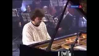 А. Л. Рыбников исполняет музыку к фильму