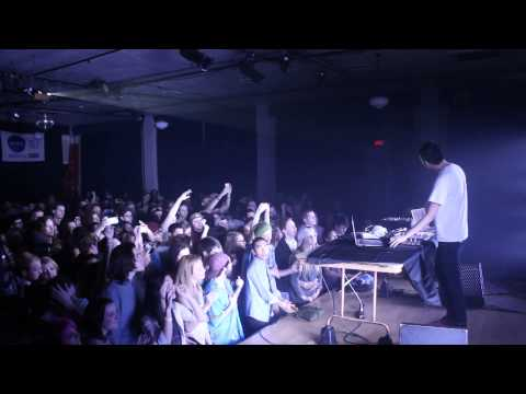 Giraffage - Hello (Live at the WOW Hall in Eugene, OR)