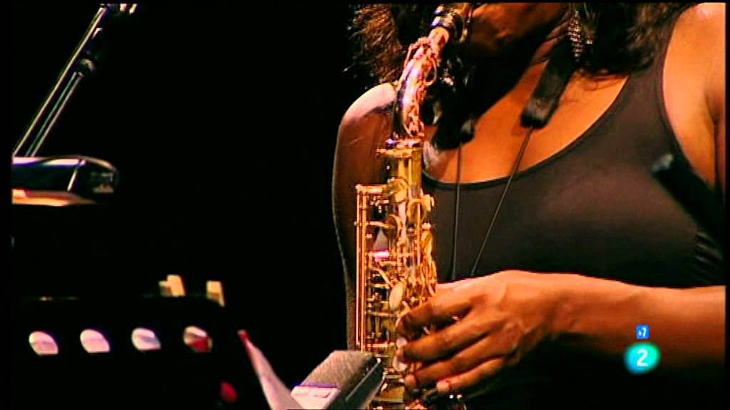"Terri Lyne Carrington ""The Mosaic Project"" y Dianne Reeves 