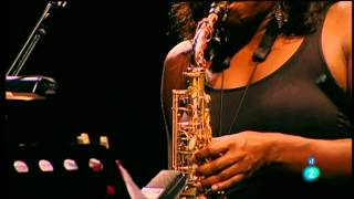 "Terri Lyne Carrington ""The Mosaic Project"" y Dianne Reeves - Jazz San Javier 2012 fragm. 2"