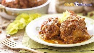 Coda alla vaccinara (oxtail stew) - original Italian recipe