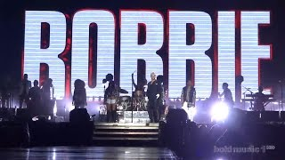 Robbie Williams - Let Me Entertain You (Live in Belgrade - Ušće, 17.06.2015) FIRST ROW