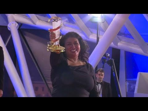 فيلم (جوي) يفوز بالنجمة الذهبية للمهرجان الدولي للفيلم بمراكش…  - 09:53-2018 / 12 / 9