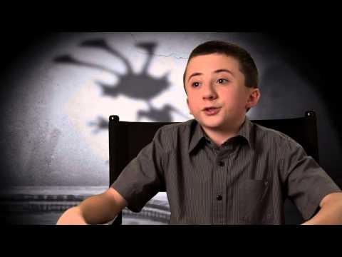 """Atticus Shaffer """"Frankenweenie"""" Interview! [HD]"""