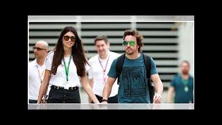 Fernando Alonso y Linda Morselli pasean su amor por Baréin