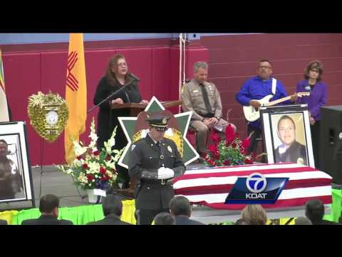 WATCH: Community gathers to honor fallen Navajo officer