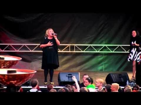 Suzanne Pavis, Adele Tribute - Someone Like You