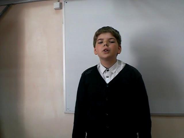 Изображение предпросмотра прочтения – АлександрИванов читает произведение «Сын артиллериста» К.М.Симонова