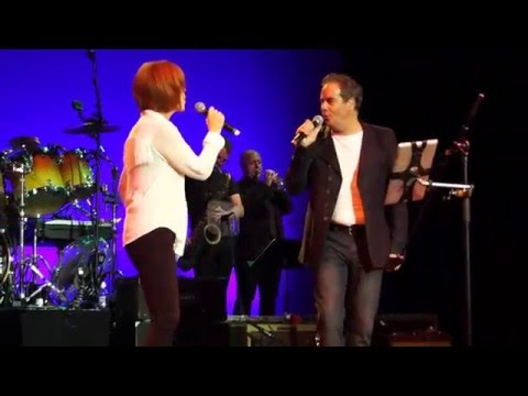 Kiki Dee with Mick Wilson 10cc  Dont Go Breaking My Heart  2015