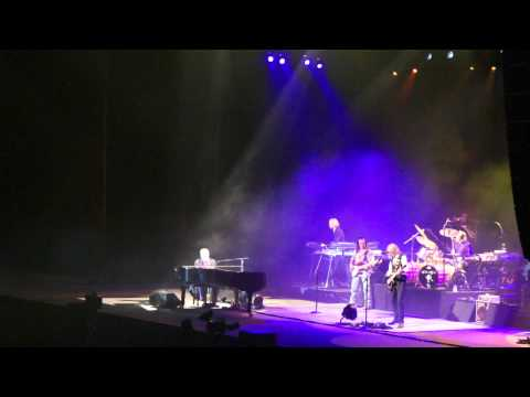 Elton John Crying... (Live In Kiev 08/11/2011)