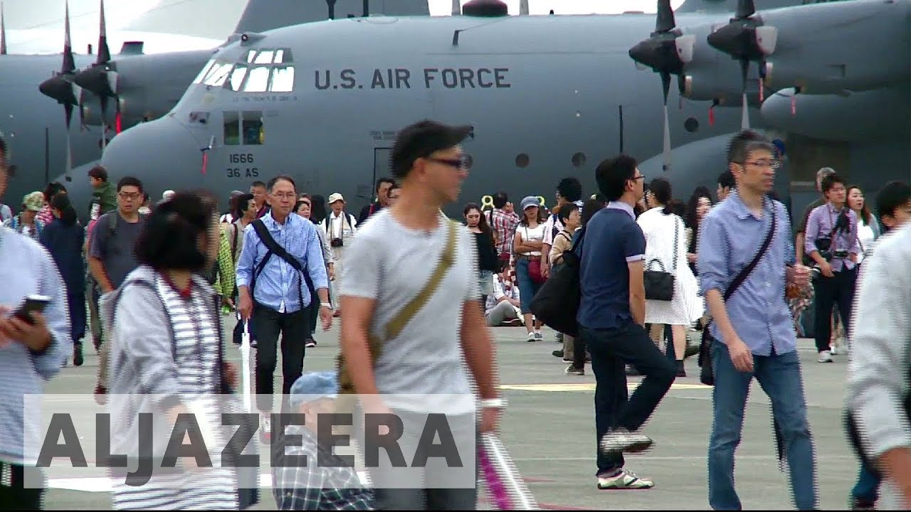 Japan: Thousands visit US air base to show support against North Korea