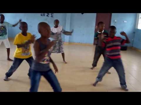 mr seed ft bahati kumbe kumbe dance by blessed dance crew
