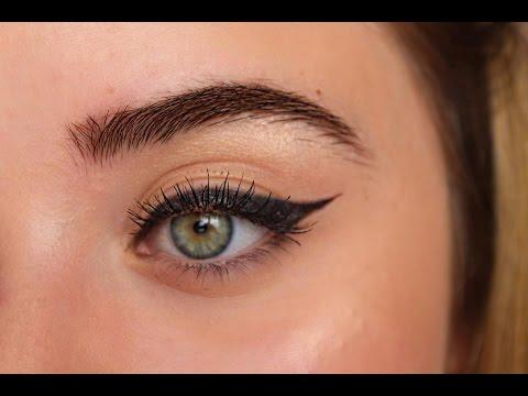 Bantla Kolay Eyeliner Sürme Yöntemi 78