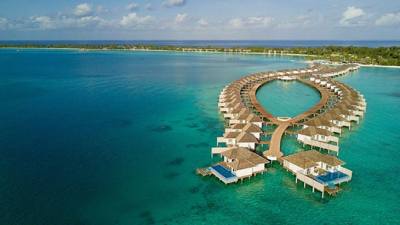 Top 5 Reasons To Honeymoon In Maldives: 5-Star Hotel Villa In Maldives