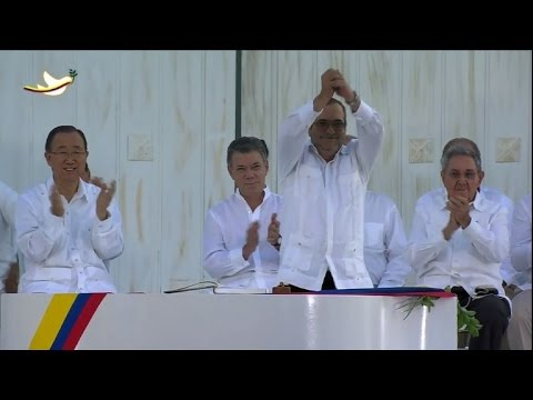 """FARC chief vows to """"disarm minds and hearts"""""""