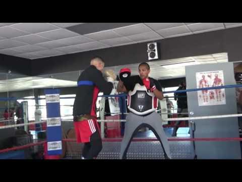 Gabe Rosado Killing The Mitts With Fernando Vargas EsNews Boxing
