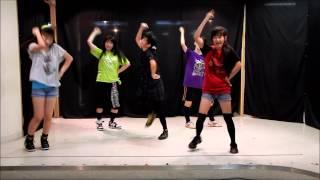 なんとなく練習中の動画を使って踊ってみた的な動画作成してみました。...