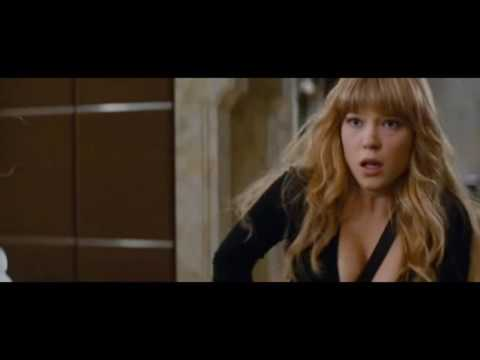 Léa Seydoux Cleavage in Mission   Impossible   Ghost Protocol