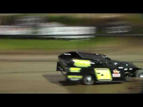 Modified Heat 4 @ Marshalltown Speedway 09/01/17