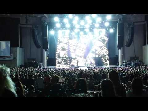 Def Leppard - Photograph - 06/25/17 - Indianapolis - Klipsch Music Center