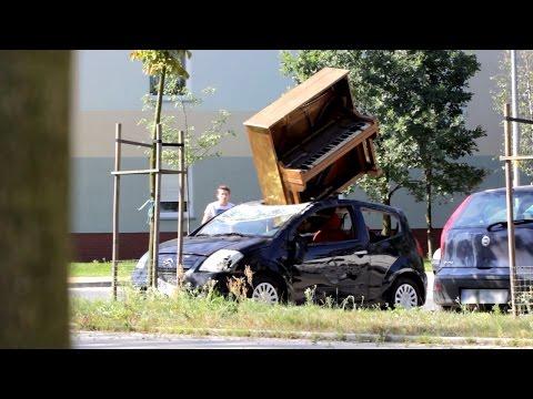 Piano Destroyed Friend's Car Prank (Sadam)