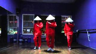 """Vũ Đoàn GALAXY - """"Nón Lá"""" Cover *Quick Crew*"""