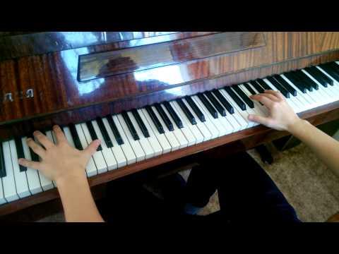 Bassotronics - Bass I love you на фортепиано
