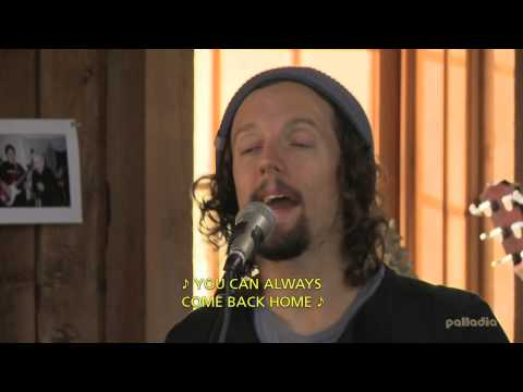 """JASON MRAZ """"93 MILLION MILES"""" - HD (Live From Daryl's House) - With English Subtitles."""