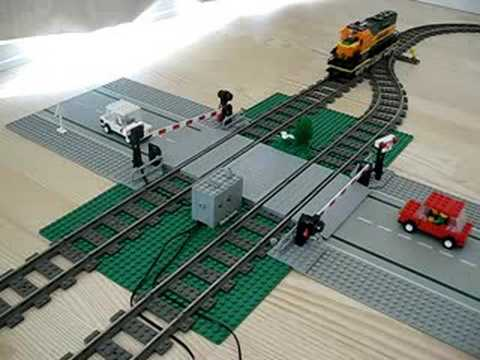 LEGO Mindstorms NXT Automatic Rail Road Crossing 2 - YouTube