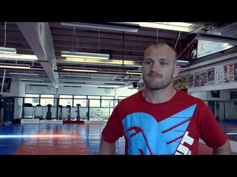 "FightNews.dk: Martin ""The Hitman"" Kampmann Eksklusiv Interview"