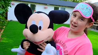 Chasing Mickey Mouse Family at the Playground / Skit