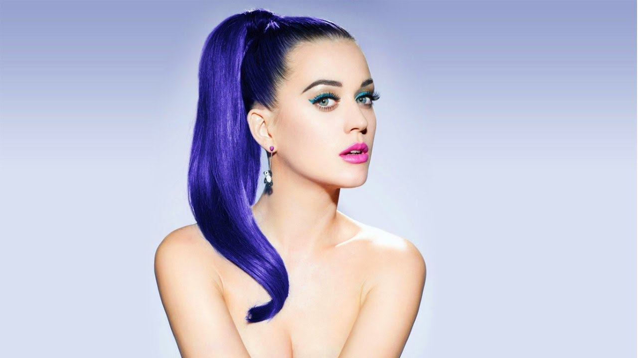 Top 10 Most Beautiful Females Singers Download video - get