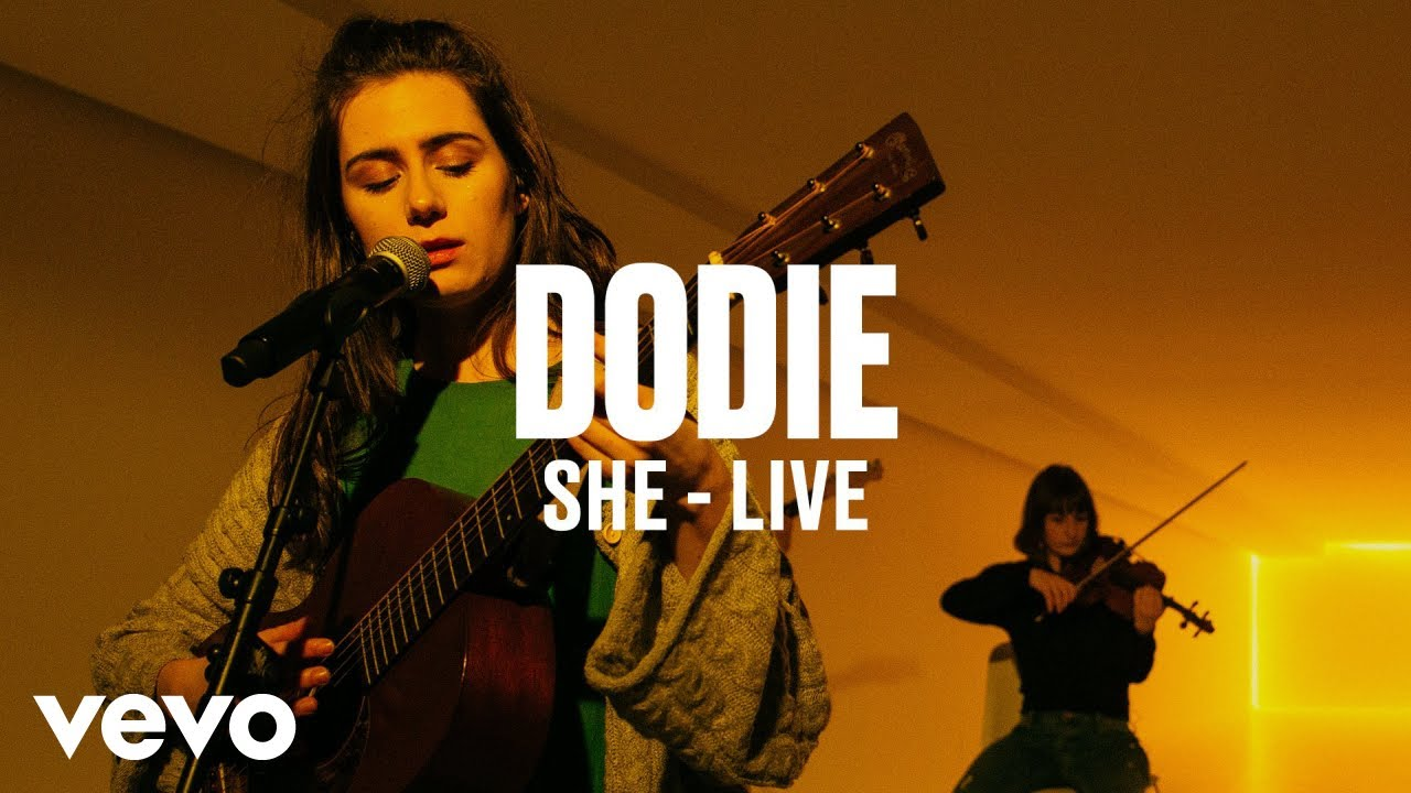 dodie — She (Live) | Vevo DSCVR
