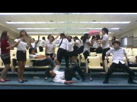 Harlem shake - Thai Law School Students Dance at the very last University Moment. ▶0:45