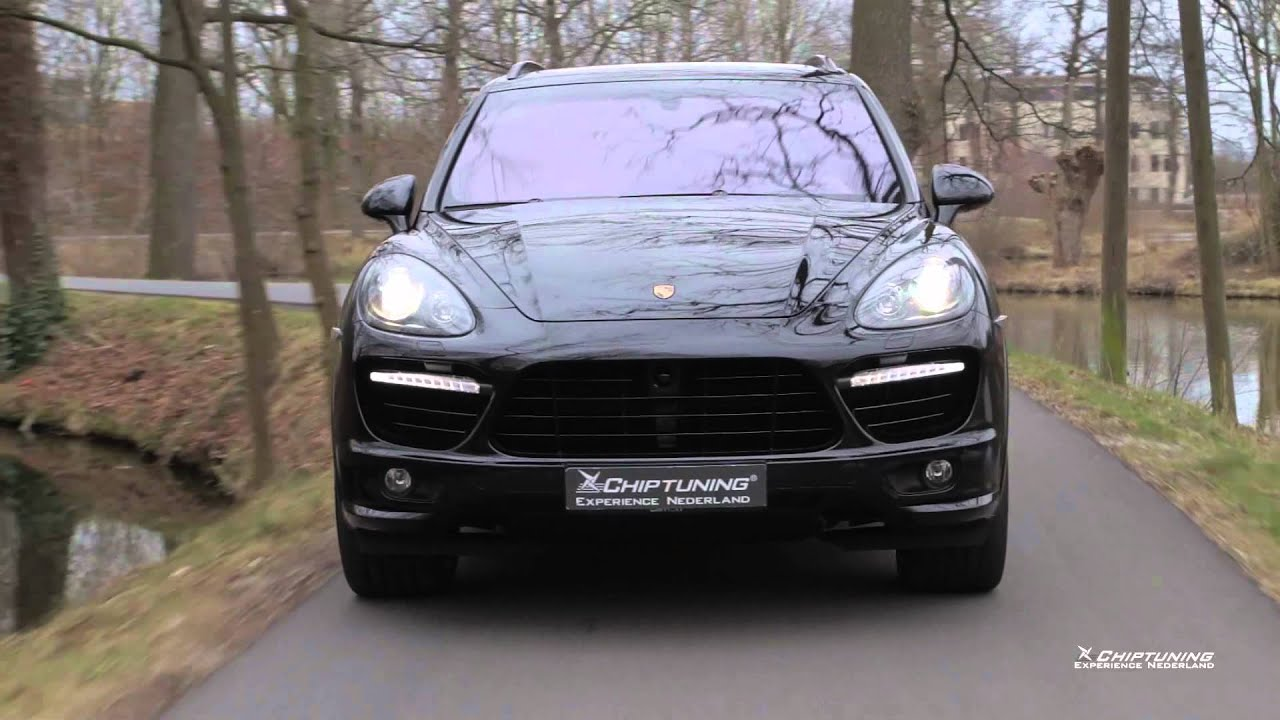 Porsche Cayenne Turbo 958 With Akrapovic Exhaust Revs
