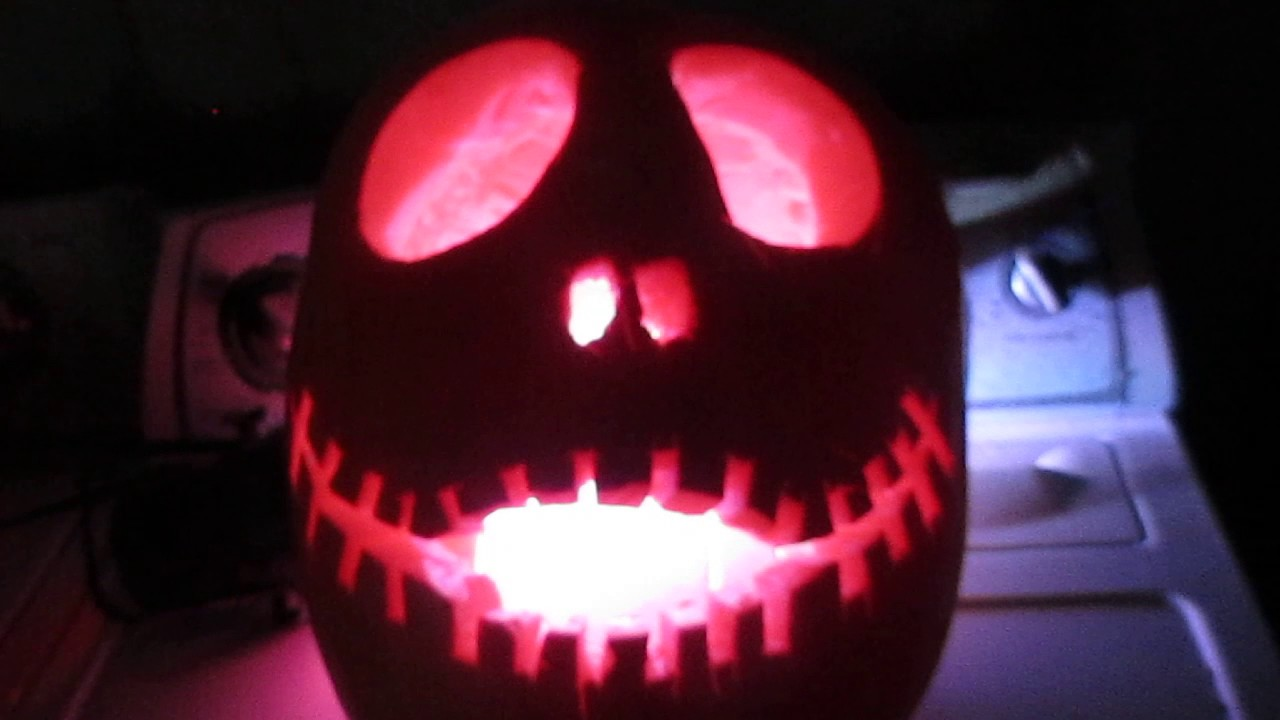 Dill\'s Atlantic Giant Jack Skellington Pumpkin King Carving ...