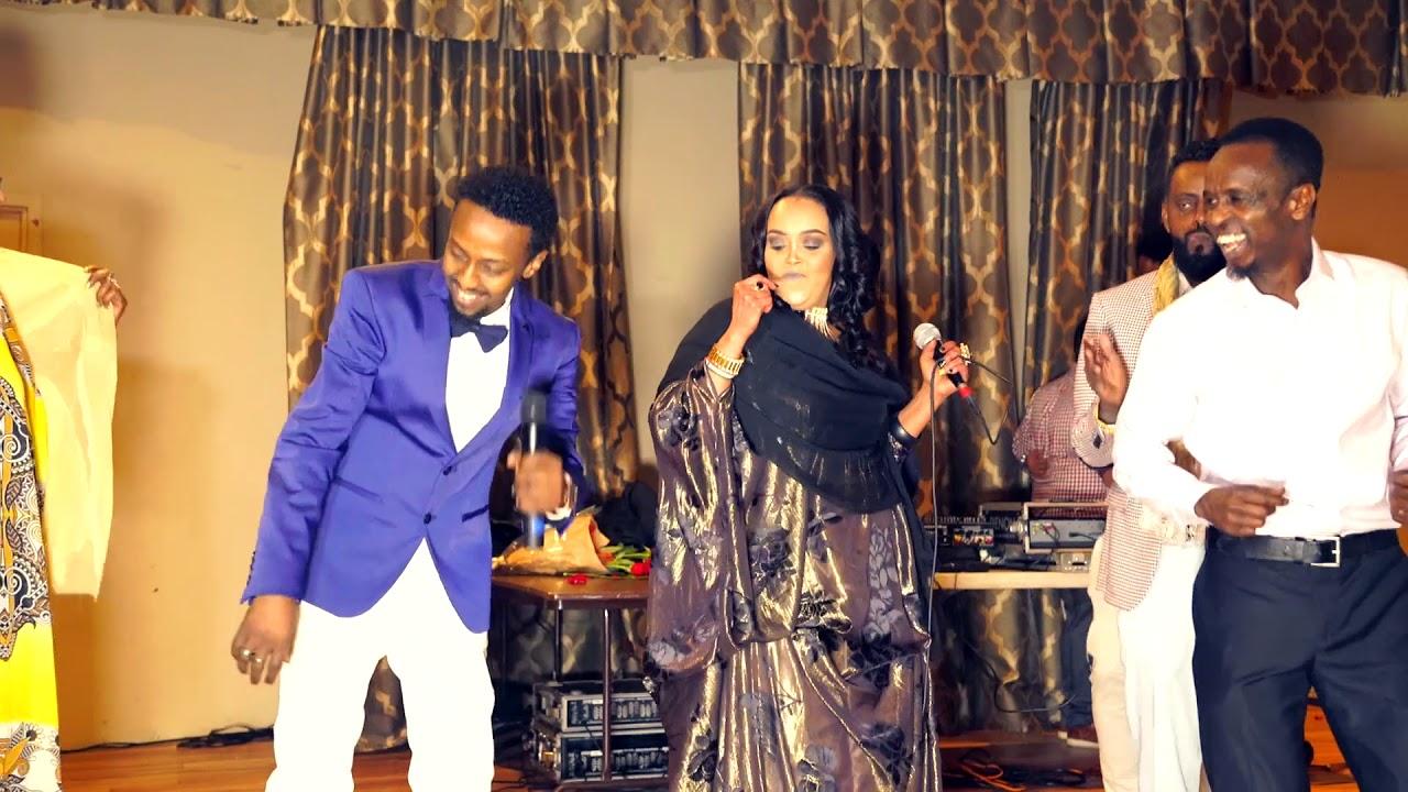 Awale Adan & Amina Afrik   -Taageero Makaa Helaa   - New Somali Music Video 2018 (Official Video) #1