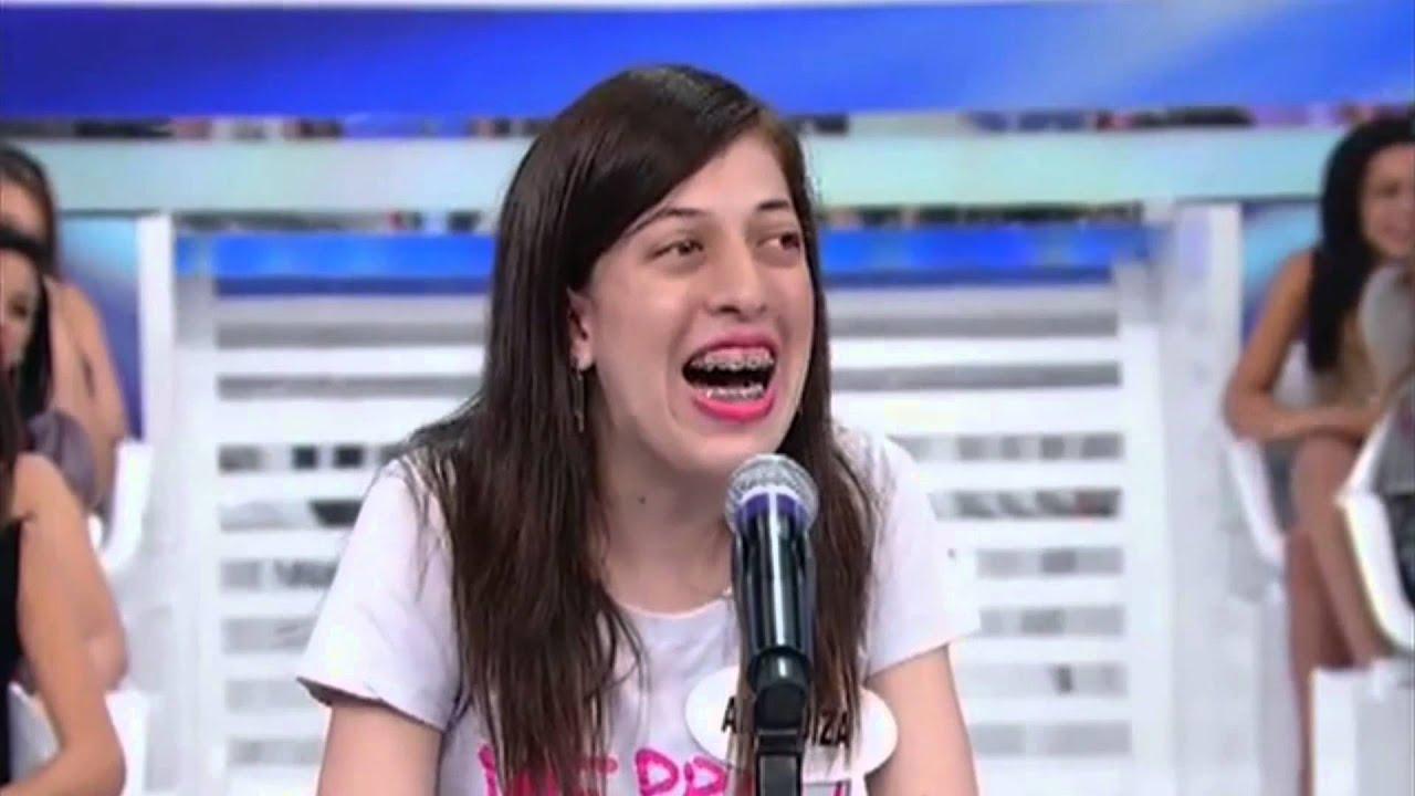 A Risada de Ana Luiza no Silvio Santos - SBT - YouTube