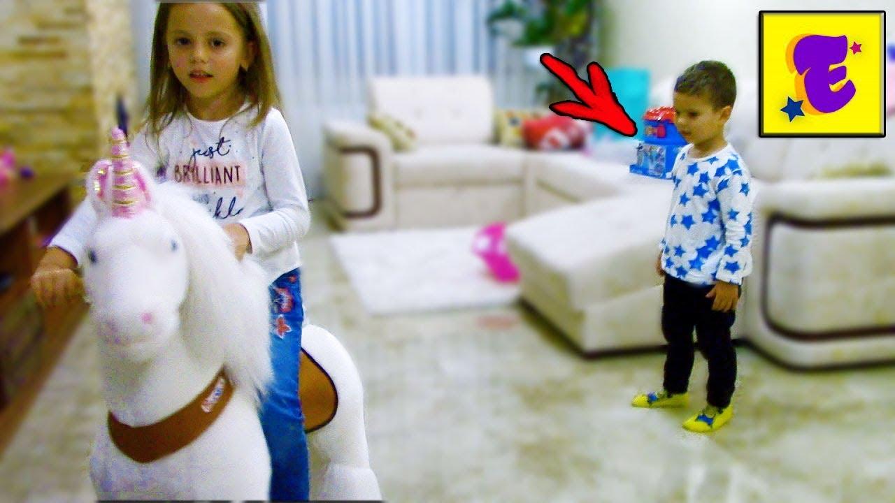 ЕГОРКА в Гостях у My Little Nastya с Подарками // КУКЛА Barbie и Конструктор ЩЕНЯЧИЙ ПАТРУЛЬ //