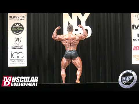 Regan Grimes' Posing Routine (CPD Winner) | 2018 IFBB New York Pro