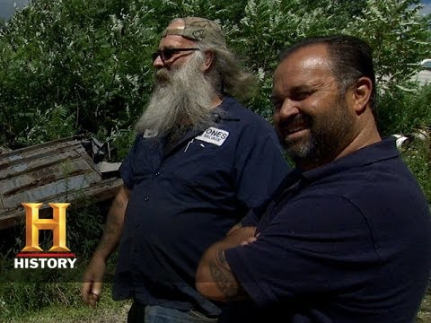American Pickers: Moe is a Giant Collector
