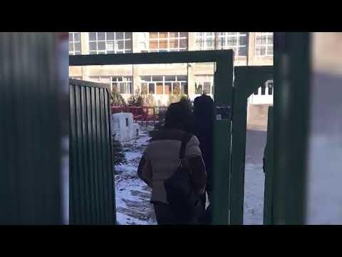 Получение взятки в волгоградском жд-техникуме попало на видео